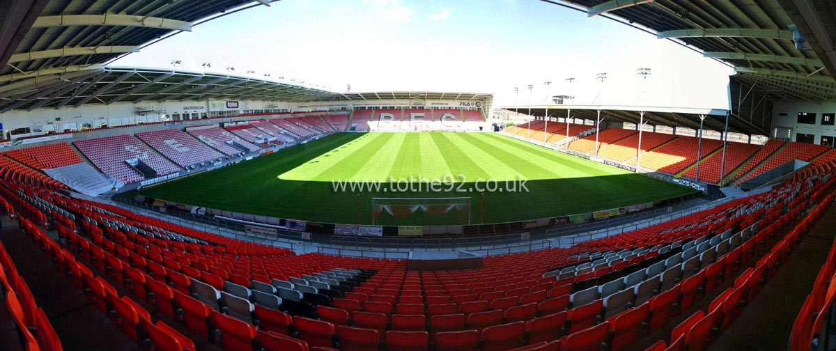 Football League Ground Guide - Blackpool FC - Bloomfield Road